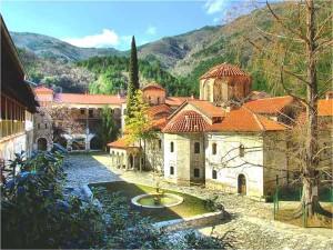 Бачковски манастир - Техника дарена от УниПОС