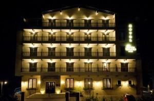 Хотел Helen Bacau