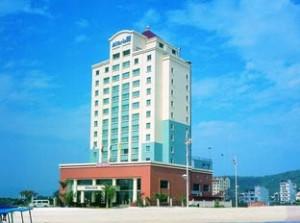 Хотел Mithrin Halong